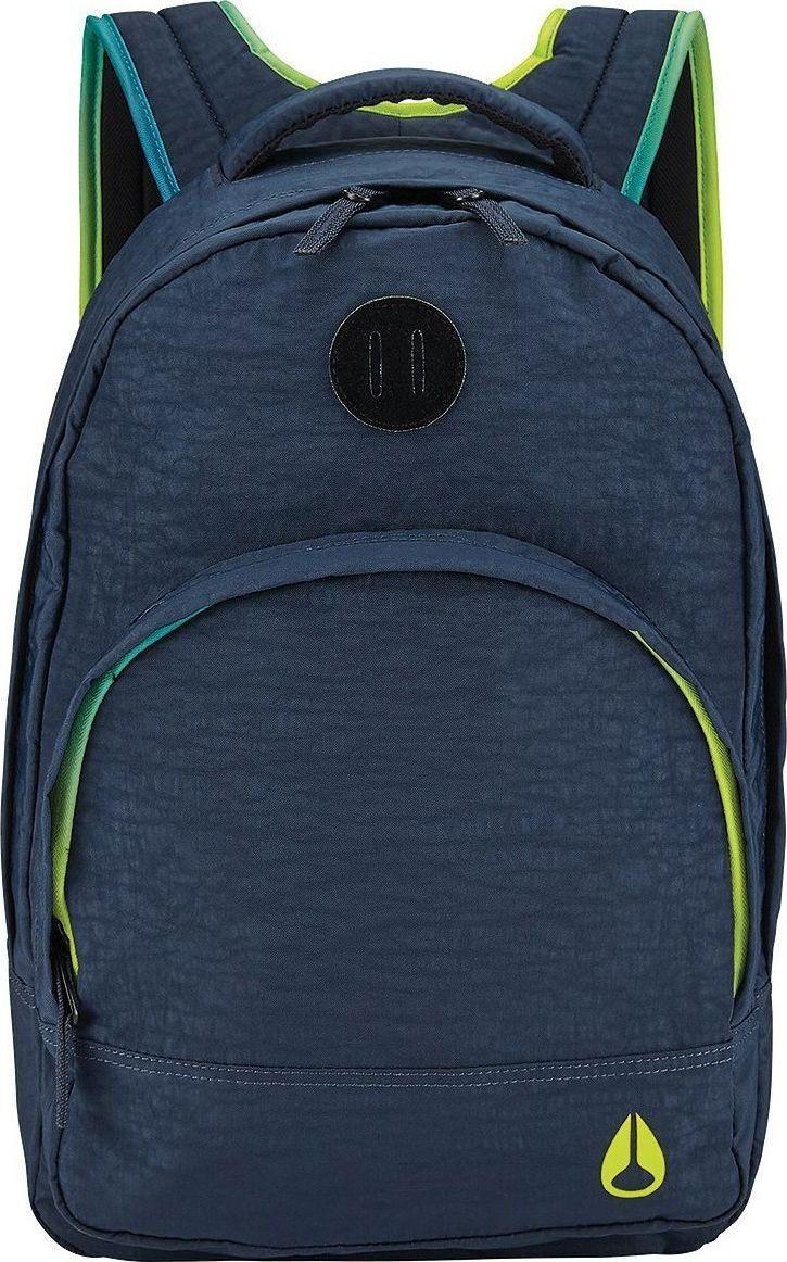 Рюкзак Nixon Grandview, цвет: темно-синий, 25 л. C2189-2642-00C2189-2642-00Этот рюкзак внешне выглядит компактным, однако на самом деле он очень вместителен. Возьмите его в город, на природу или в поездку – в любой ситуации он послужит надёжным помощником. Внутри предусмотрен специальный карман для ноутбука, а во внешний карман вшит органайзер для ручек и карандашей.Особенности: Вместительное основное отделение на молнииКарман-органайзер на молнии Ручка для переноски Мягкие регулируемые лямки с сетчатыми вставками Объём: 25 литров Размеры: 28 х 19 х 46 см Материал: 100% нейлон 200D.