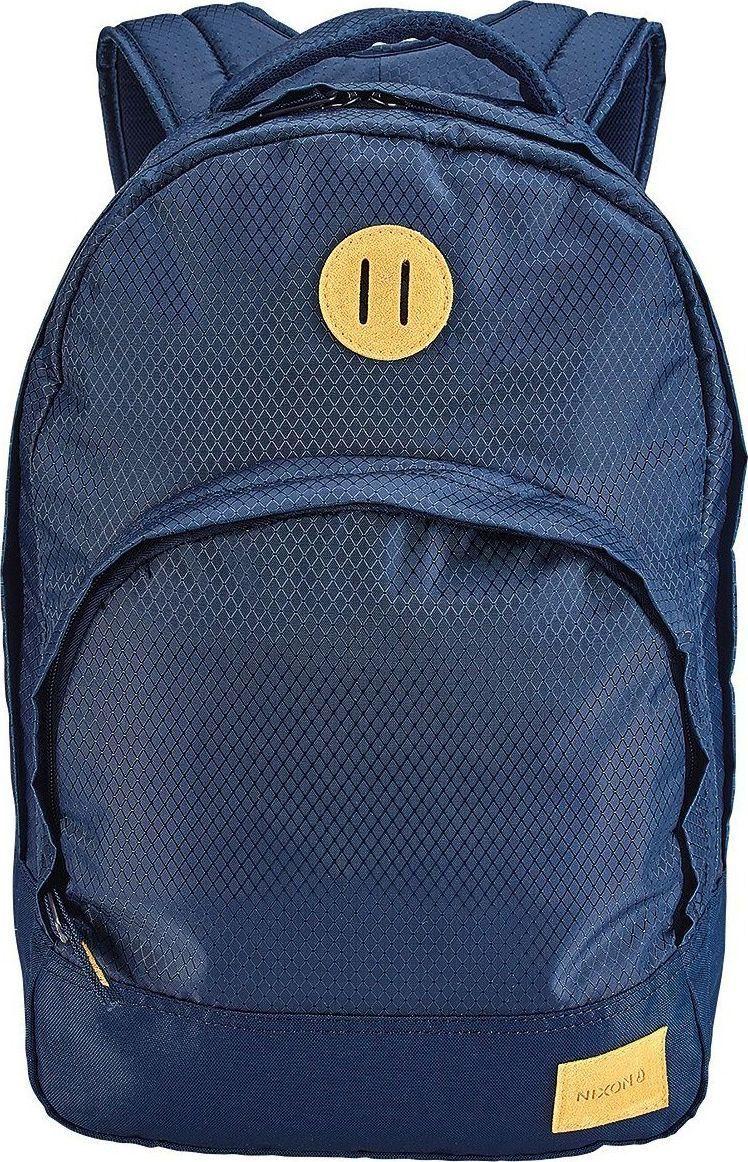 Рюкзак Nixon Grandview, цвет: синий, 25 л. C2189-2171-00C2189-2171-00Этот рюкзак внешне выглядит компактным, однако на самом деле он очень вместителен. Возьмите его в город, на природу или в поездку – в любой ситуации он послужит надёжным помощником. Внутри предусмотрен специальный карман для ноутбука, а во внешний карман вшит органайзер для ручек и карандашей.Особенности: Вместительное основное отделение на молнииКарман-органайзер на молнии Ручка для переноски Мягкие регулируемые лямки с сетчатыми вставками Объём: 25 литров Размеры: 28 х 19 х 46 см Материал: 100% нейлон 200D.