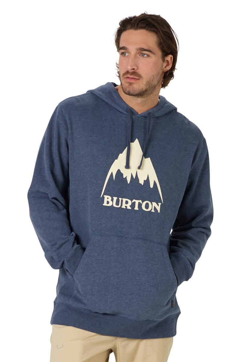 Толстовка мужская Burton Mb Clssmtnhgh Po, цвет: синий. 19682100401. Размер M (48)19682100401Мужская толстовка Burton, выполненная из хлопка с добавлением полиэстера, идеально подойдет для повседневной носки. Изделие тактильно приятное, не стесняет движений, обладает высокими дышащими свойствами. Толстовка с капюшоном и длинными рукавами оформлена принтом с надписями. Капюшон дополнен затягивающимся шнурком. Манжеты рукавов и низ изделия выполнены из трикотажной резинки. Спереди расположен накладной карман-кенгуру.