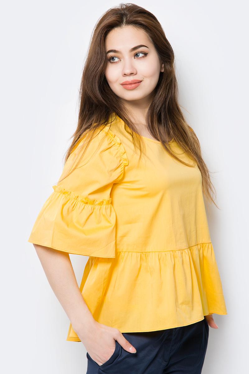 Блузка женская Baon, цвет: желтый. B198013_Yellow. Размер L (48)B198013_YellowБлузка от Baon выполнена из смесового хлопка. Модель с расклешенными рукавами до локтя и круглым вырезом горловины на спинке застегивается на пуговицу. Блузка по низу декорирована асимметричной баской.