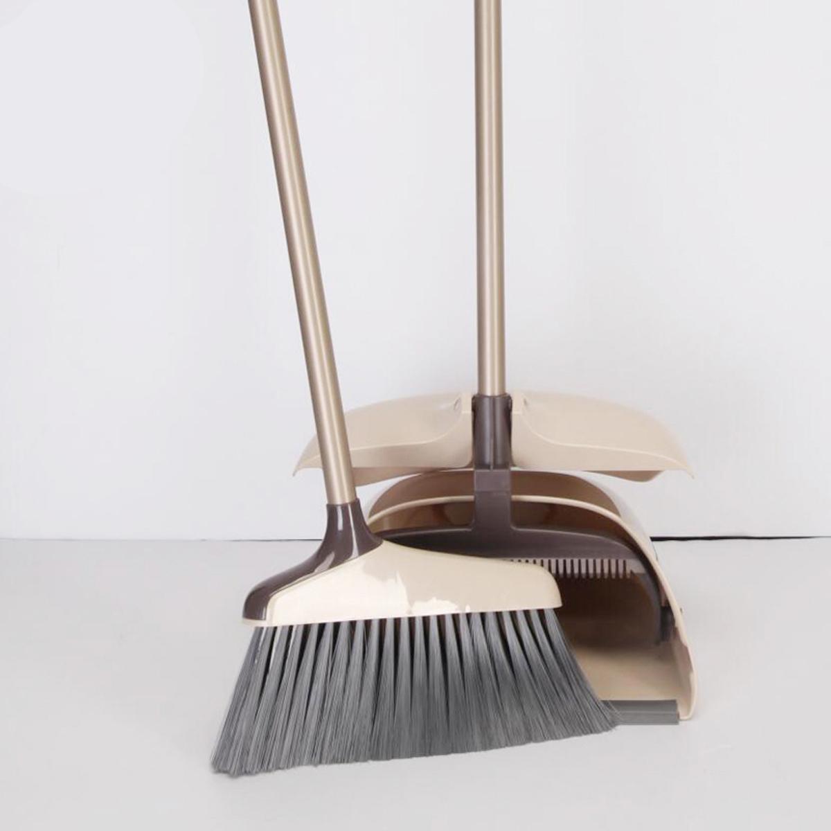 """Набор для подметания Boomjoy """"Magic Cleaning Broom"""" с защитой от разлетания легких частиц при ветре. Вращающееся метла на 180 градусов облегчит процесс уборки в трудно доступных места.  Размер метлы: 25,5 х 88 см.  Совок для мусора: 25,5 х 26 х 85 см."""