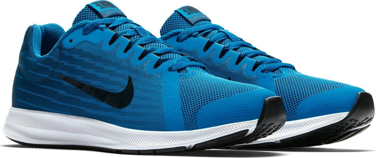 Кроссовки для мальчика Nike Downshifter 8, цвет: синий. 922853-401. Размер 3,5Y (34,5)922853-401Максимальная мягкость и плавность движений. Беговые кроссовки для мальчиков Nike Downshifter 8 в минималистичном стиле из легкой однослойной сетки с обновленной амортизирующей стелькой — еще более мягкой, чем в предыдущих версиях. В сочетании с эластичными желобками и резиновой подметкой это обеспечивает плавную амортизацию. Верх из легкой сетки обеспечивает вентиляцию и комфорт. Обновленная подошва для мягкой и упругой амортизации. Полноразмерная резиновая подметка для оптимального сцепления с поверхностью, прочности и амортизации. Эластичные желобки обеспечивают естественную свободу движений от носка до пятки.