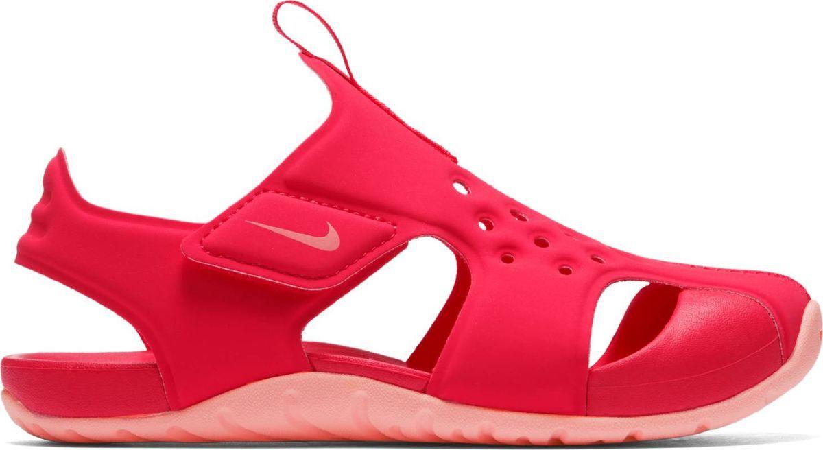 Сандалии для девочки Nike Sunray Protect 2, цвет: красный. 943828-600. Размер 3Y (34)943828-600Сандалии для девочек дошкольного возраста Sunray Protect 2 от Nike полностью закрывают пальцы. Верх из водоотталкивающего эластичного текстиля обеспечивает естественный комфорт. Подошва из материала Phylon для невесомой амортизации. Подметка с прекрасным сцеплением идеальна для игр на свежем воздухе. Застежки-липучки для быстрого переобувания и верх с отверстиями для вентиляции предохраняют ноги от перегрева.