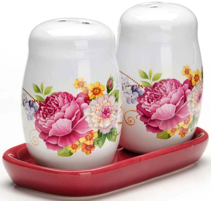 Набор для специй LORAINE состоит из солонки и перечницы на подставке. Предметы набора выполнены из прочной доломитовой БИО и ЭКО керамики. Дизайн, эстетичность и функциональность набора позволят ему стать достойным дополнением к кухонному инвентарю и украсить Ваш стол. Благодаря гладкой поверхности изделия легко и просто мыть. Подходит для использования в холодильнике, в посудомоечной машине.