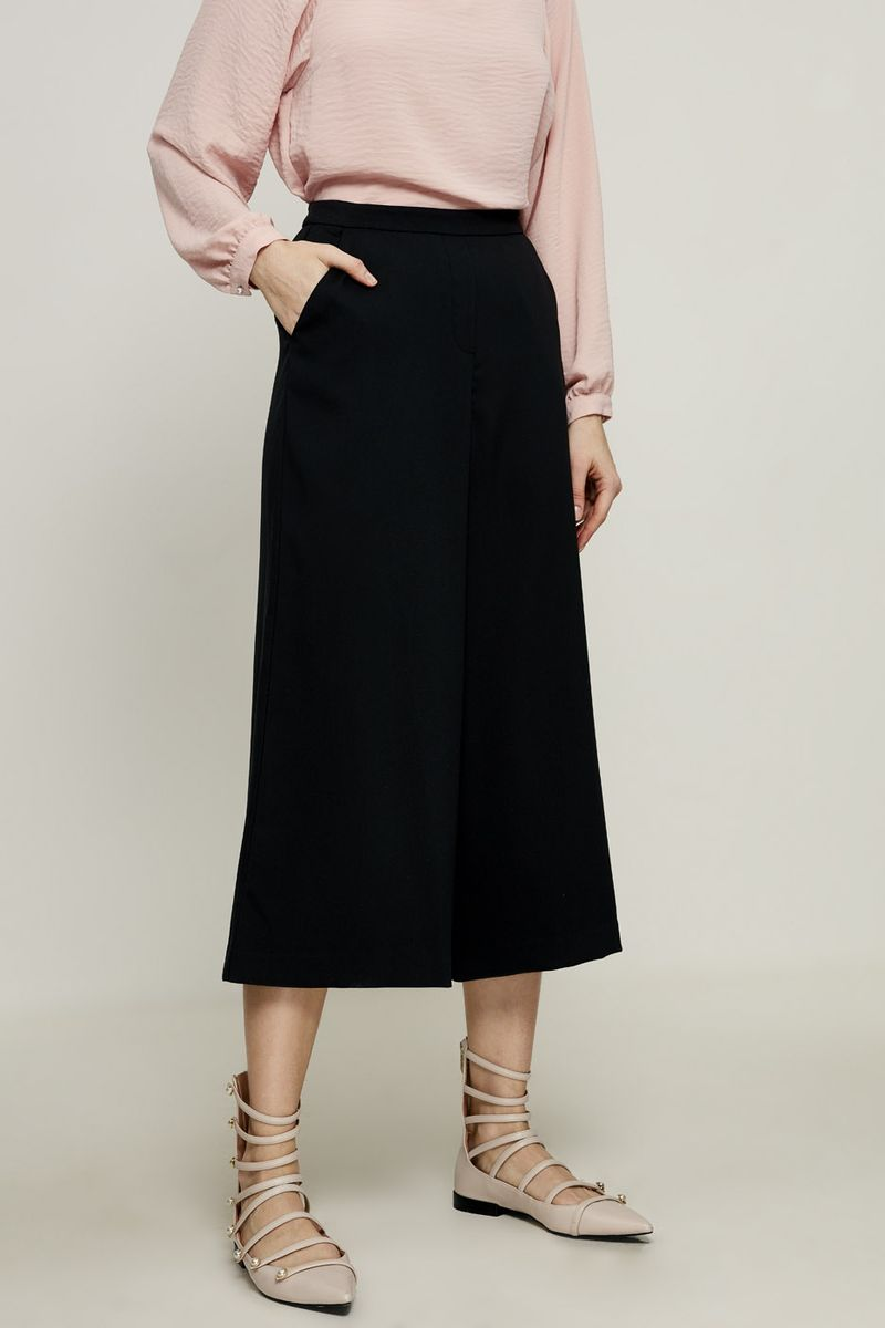 Брюки женские Zarina, цвет: черный. 8224223714050. Размер 46 брюки женские
