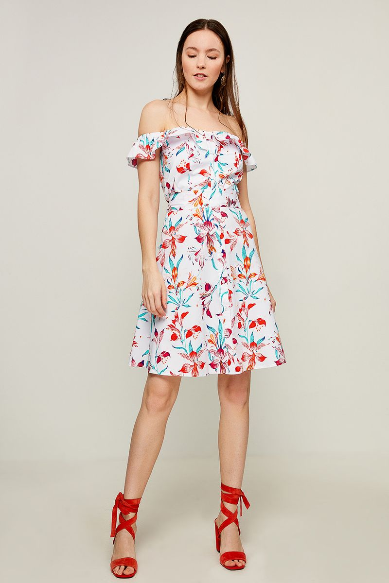 Платье Zarina, цвет: белый. 8225011511005. Размер 508225011511005