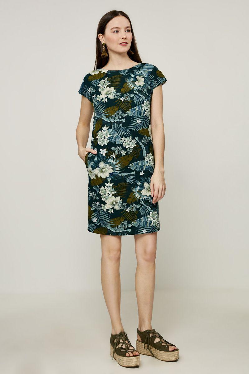 Платье Zarina, цвет: синий. 8224017517016. Размер 428224017517016Платье Zarina выполнено из качественного материала. Модель с круглым вырезом горловины и короткими рукавами сзади застегивается на пуговицу. По бокам - втачные карманы.
