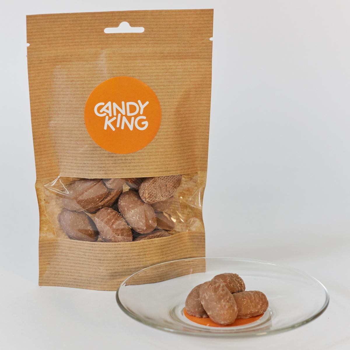 Candy King Молочный шоколад с ирисом Конфета шоколадная с карамельной начинкой, 100 г250720/100ГКондитерские изделия Candy King упакованные в Крафт-Пакеты.Об упаковке: гарантия качества и сохранности покупаемой продукции, упаковка дой-пак обеспечивает устойчивость, можно взять, как в машину или домой, так и в подарок, пакет не будет падать и всегда выглядит достойно. Замок Zip-Lock позволяет закрывать пакет, что обеспечиват долгую свежесть содержимого после вскрытия отрывной линии. А окошко позволяет видеть что внутри (вы никогда не купите кота в мешке).
