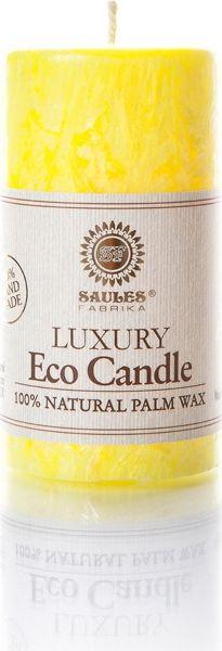 Пальмовые свечи от бренда Saules Fabrika – это экологичные продукты из натуральных восков, изготовленные по отточенным годами технологиям, руками опытных мастеров. Все свечи являются ручной работой. Пальмовый воск - это абсолютно чистый продукт без токсичных добавок. Экологичные Пальмовые свечи горят в 2 раза дольше в сравнении с парафиновыми. Зажженные эко-свечи не коптят, а при тушении не дают неприятного запаха. При использовании не выделяют вредные продукты горения. Пламя у них намного более чистое и ясное. Все потому, что в составе – исключительно натуральные компоненты: пальмовый воск, а также хлопковый фитиль. Натуральные свечи ручной работы отличаются уникальным узором. Каждая свеча неповторима.