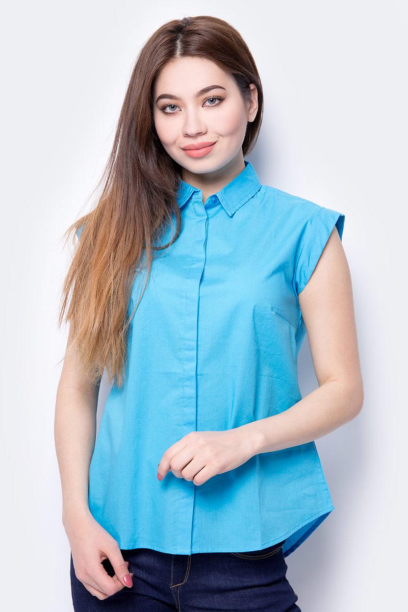 Блузка женская Sela, цвет: голубой. Bs-112/348-8293. Размер 48Bs-112/348-8293Комфортная блузка Sela, выполненная из натурального хлопка, разнообразит ваш повседневный гардероб и поможет создать модный образ. Модель свободного кроя с удлиненной спинкой, короткими цельнокроеными рукавами и отложным воротничком застегивается на пуговицы, скрытые планкой. Изделие подойдет для прогулок, офиса или дружеских встреч и будет отлично сочетаться с джинсами и брюками, а также гармонично смотреться с юбками.