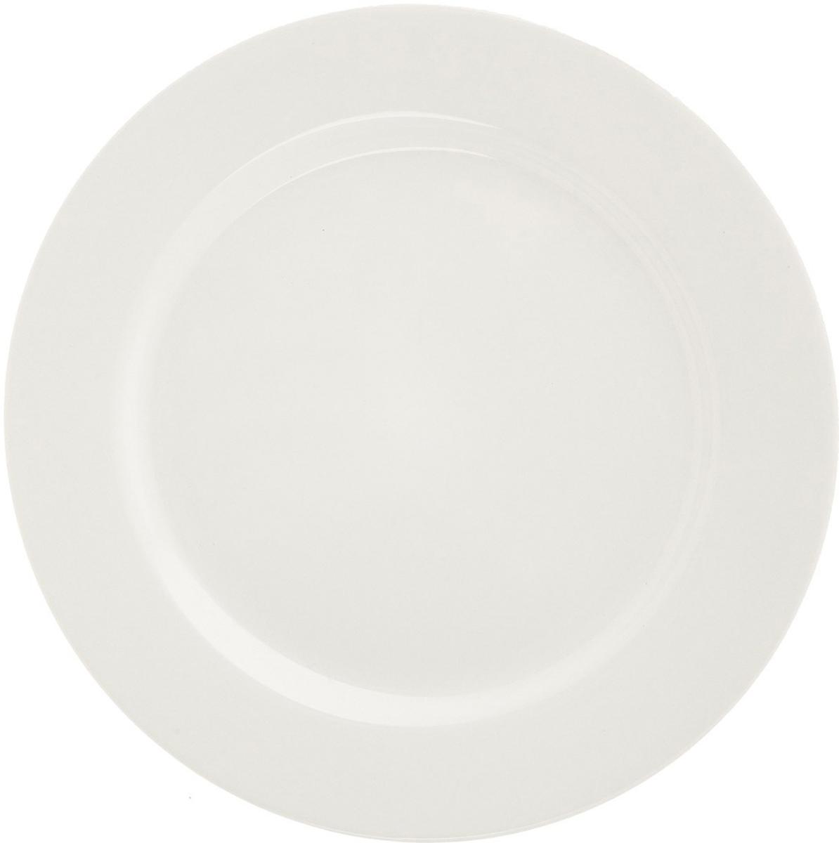 Тарелка десертная Eschenbach, цвет: белый, диаметр 23,5 см4981/235Накопленный десятилетиями опыт и следование традициям известнейших мастеров в сочетании с новейшими технологиями производства делают фарфоровую посуду Eschenbach настоящим символом утонченного качества, произведением искусства, признаком хорошего вкуса.Представители компании своей основной задачей считают помощь владельцам ресторанного и гостиничного бизнеса создавать по-настоящему красивые, уютные и элитные заведения. Огромный ассортимент позволит даже самым взыскательным покупателям подобрать что-то свое. Салатницы, соусники, отдельные блюда и множество других изделий отличаются тщательно продуманным дизайном, в котором традиции прошлого искусно сочетаются с требованиями современности. Посуда соответствует самым высоким функциональным стандартам. Она используется в микроволновых печах, прекрасно моется в посудомоечных машинах, имеет множество европейских сертификатов и является настоящим символом традиционного немецкого качества.