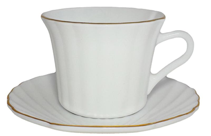 Яркая чайная пара изготовлена из тонкой стеклокерамики.  Набор поставляется в удобной и красочной упаковке.