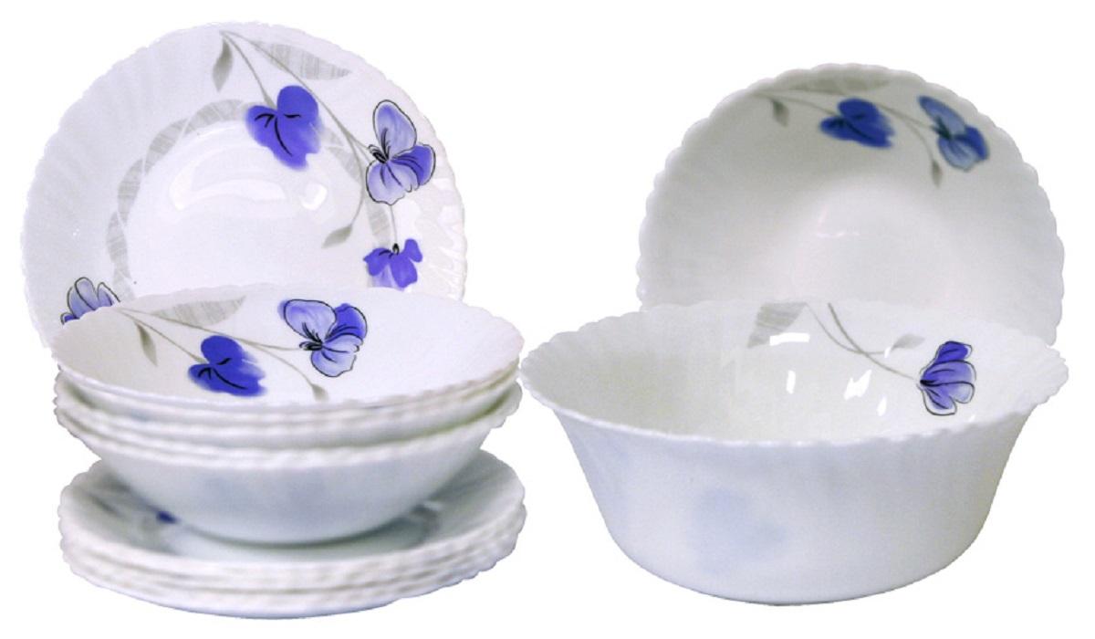 Сервиз столовый Chinbull Нанси, цвет: белый, синий, 13 предметовOW-13L/808Стильный столовый сервиз Chinbull Нанси из 13 предметов.Изделия выполнены извысококачественной стеклокерамики и декорированы красочными цветами.Посудаотличается прочностью, гигиеничностью и долгим сроком службы, она устойчива к появлениюцарапин и резким перепадам температур. Такой набор прекрасно подойдет как дляповседневного использования, так и для праздников. В набор входит: тарелка десертная диаметр 19 см - 6 шт, миска суповая диаметр 19 см - 6 шт,салатник диаметр 20,5 см - 1 шт.
