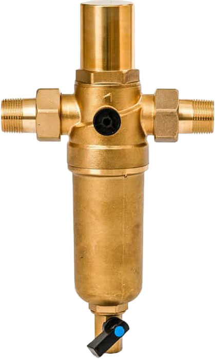 """Магистральный фильтр """"Гейзер Бастион 7508205201"""" с защитой от гидроударов для холодной и горячей воды 1/2""""  Фильтр с защитой от гидроударов для предварительной очистки холодной и горячей воды от механических примесей - частиц ржавчины, волокон пеньки, песчинок, защиты сантехники, бытовой техники подключенной к водопроводу.  Фильтр имеет компактные размеры и спроектирован для монтажа в местах с ограниченным пространством; устанавливается на горизонтальном трубопроводе чашей вниз. Компенсатор давления гасит гидроудары и защищает фильтр от разрушений при отрицательных температурах.  Изделие состоит из корпуса, компенсатора и промываемого картриджа. В обычном режиме вода проходит через сетчатый элемент к выпускному отверстию корпуса. Для осуществления промывки необходимо открыть шаровой клапан, выпускающий скопившиеся на дне чаши фильтра примеси; подача воды при этом не прерывается. Фильтр имеет большой запас прочности по максимальному рабочему давлению.  Сменная фильтрующая сетка изготовлена из нержавеющей стали и, при необходимости, заменяется на другую без демонтажа фильтра. В комплекте подключения имеется американка и фитинг 3/8 JG.   Технические характеристики: Тип соединений: наружные резьбовые Присоединительный размер: 3/4"""" Диаметр фильтра: 60 мм Обратная промывка: нет Наличие манометра: нет Наличие редуктор давления: нет Наличие компенсатора: есть Пористость фильтра: 90 мкм. Рабочее давление: до 16 атм. Температура очищаемой воды: до 80 С Материал чаши фильтра: латунь Материал корпуса: латунь."""