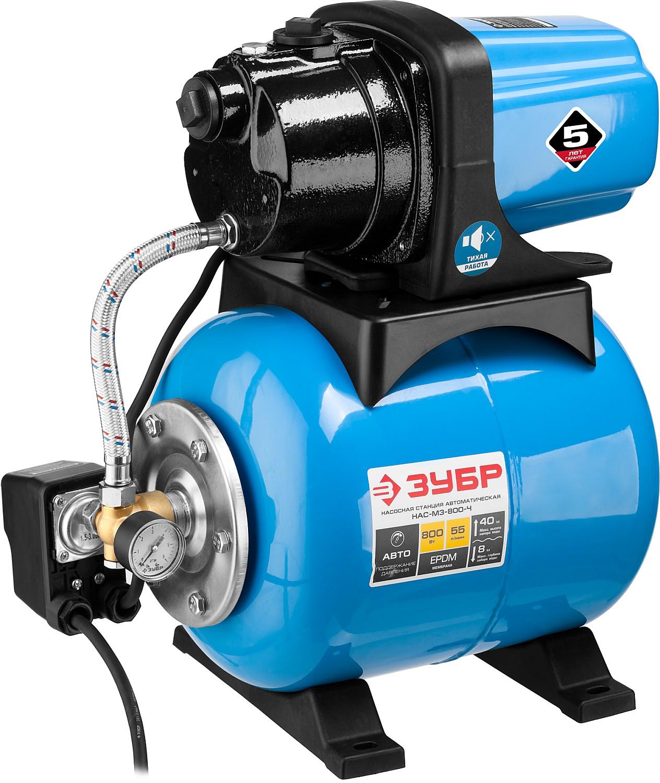 Насосная станция ЗУБР предназначена для обеспечения постоянного давления чистой воды при устройстве систем водоснабжения, полива газонов и орошения садовых участков, а так же для откачки воды из емкостей или водоемов. Автоматическое включение/выключение насоса при изменении давления в магистрали. Гидроаккумулятор для постоянного поддержания давления воды. Объем гидроаккумулятора 20 л обеспечивает полноценный водозабор с более редкими включениями насоса, что продлевает срок его службы и способствует экономии электроэнергии. Термопредохранитель для защиты от перегрева предотвращает повреждение двигателя. Соединительный штуцер наиболее распространенного диаметра 1