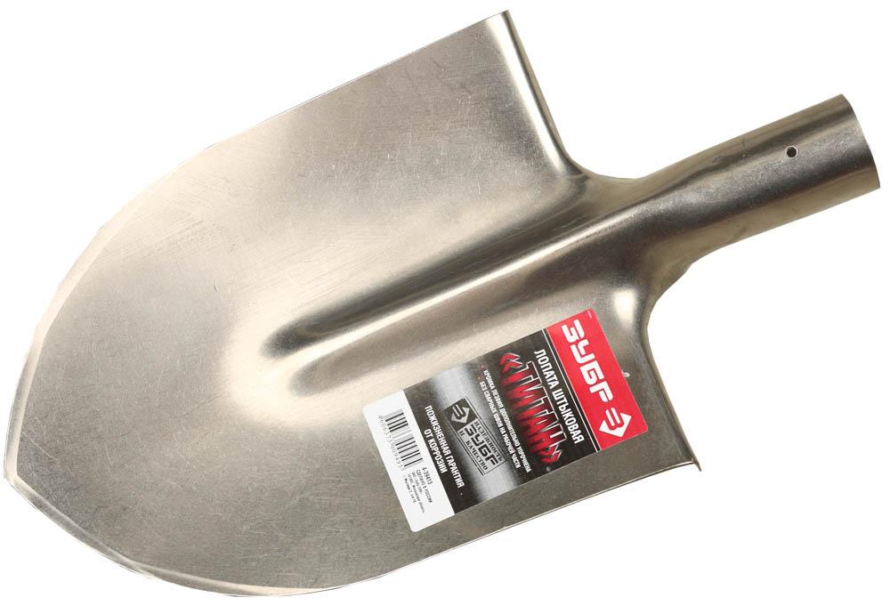 """Лопата штыковая """"Титан"""" применяется для обработки грунта на садово-огородных участках и в строительстве. Лопата выполнена из титанового сплава, имеет заостренную форму и легко проникает в грунт. Сильно увлажненная почва меньше прилипает к титановой лопате, поэтому копать ею значительно легче. Прочное, легкое, не подверженное коррозии полотно гарантирует комфортную работу и продолжительный срок службы инструмента. Прочное полотно лопаты изготовлено из высококачественного титанового сплава, не подвержено коррозии. Сильно увлажненная почва меньше прилипает к титановой лопате, поэтому копать ей значительно легче. Легкий вес изделия снижает утомляемость при выполнении садовых работ. Заостренное полотно легко проникает в грунт, снижая нагрузку на ногу. Размер: 300х220 мм."""