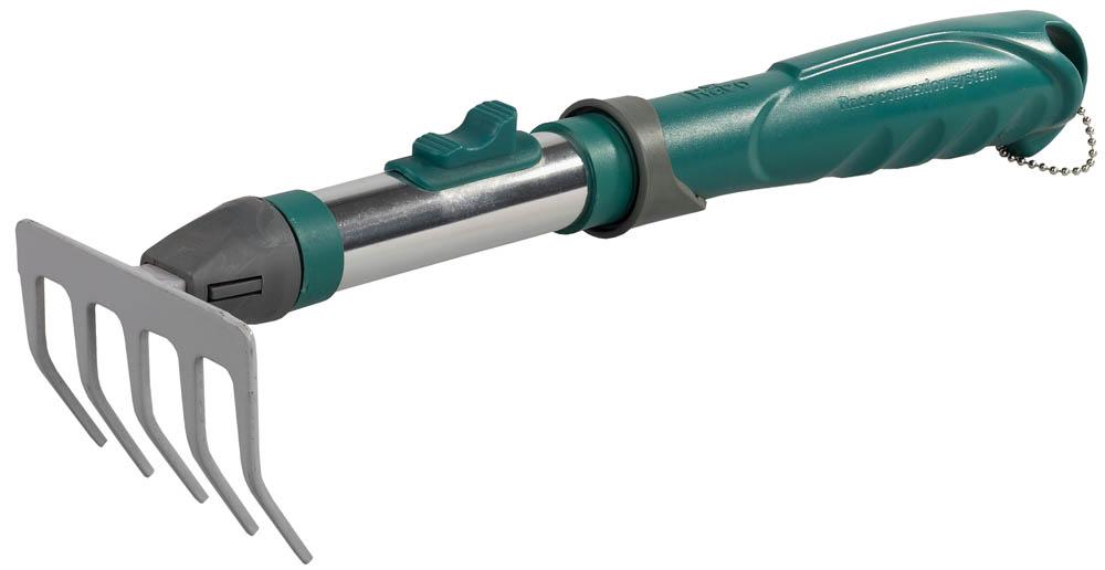 Грабельки RACO применяется для рыхления небольших участков почвы. Система быстрой смены ручек позволяет расширить возможности применяемого садового инструмента в соответствии с конкретными задачами. Антикоррозийное покрытие продлевает срок службы изделия. Быстрозажимной механизм из высококачественной углеродистой стали обеспечивает надежное соединение. Эргономичная рукоятка с углублениями под пальцы снижает утомляемость при выполнении работ.