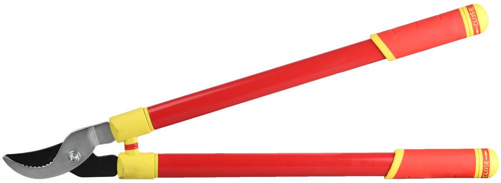 Сучкорез Grinda, телескопические ручки, 700 мм58480Сучкорез GRINDA применяется для обрезания веток кустарников и ухода за живыми изгородями. Лезвия всех изделий изготовлены из высококачественной стали и остро заточены. Рукоятки имеют эргономичную форму для надежного захвата. Остро заточенное лезвие из углеродистой стали, покрытое тефлоном обеспечивает легкий и аккуратный рез, защиту от ржавчины и продолжительный срок службы. Насечки на нижнем лезвии служат для удобства захвата веток. Быстрый, качественный рез и продолжительный срок службы инструмента. Стальные ручки имеют телескопическую конструкцию с простым механизмом фиксации и диапазоном длин от 680 до 940 мм, что удобно при работе с высокими или удаленными растениями. Овальный профиль ручек придает особую жесткость конструкции. Двухкомпонентные эргономичные рукоятки снижают утомление при выполнении садовых работ. Амортизатор повышает удобство в работе. Размер: 680-940 мм. Максимальный диаметр реза: 32 мм.
