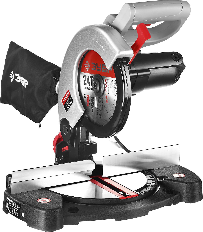 Пила торцовочная ЗУБР ЗПТ-190-1100 ЛЗПТ-190-1100 ЛПила торцовочная предназначена для быстрой распиловки материалов из дерева. Она позволяет производить прямое, косое и комбинированное пиление под углом до 45 градусов. Фирменный диск с оптимальным количеством зубьев для качественной производительной работы. Увеличенная ширина пиления благодаря сдвижной голове диска. Защитные блокировки включения и доступа к диску для безопасности оператора. Мешок для сбора опилок и возможность подключения пылесоса способствуют более чистой работе.В комплект поставки входит:Пила торцовочная - 1 шт.Диск пильный (установлен) - 1 шт.Мешок для сбора пыли 1 шт.Ключ - 2 шт.Руководство по эксплуатации - 1 экз.