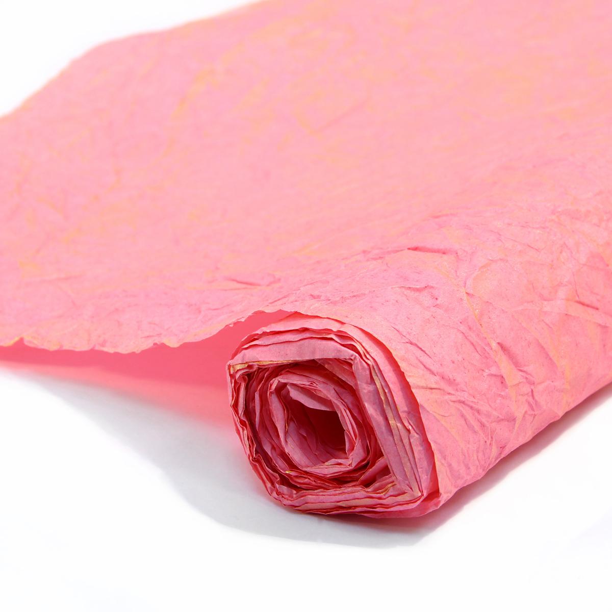 Бумага упаковочная Veld-Co Эколюкc, цвет: ярко-розовый, золотистый, 70 см х 5 м44133Бумага Veld-Co Эколюкc - это универсальный материал дляупаковки подарков и оформления букетов. Она достаточноплотная и в тоже время пластичная. Благодаря органичнойфактуре, великолепно ложится и на нестандартные формы(круглые, овальные). Эта бумага хорошо комбинируется с другими материалами. Её можноиспользовать в качестве декоративных элементов. К ней легко подобратьаксессуары - подойдут натуральные шнуры, рафия, ленты (репсовая,шёлковая, хлопковая). Благодаря этому материалу - мастер выполнитлюбую задачу, поставленную перед ним. Ко всему прочему- бумагу в рулоне удобнее хранить, использовать,транспортировать.