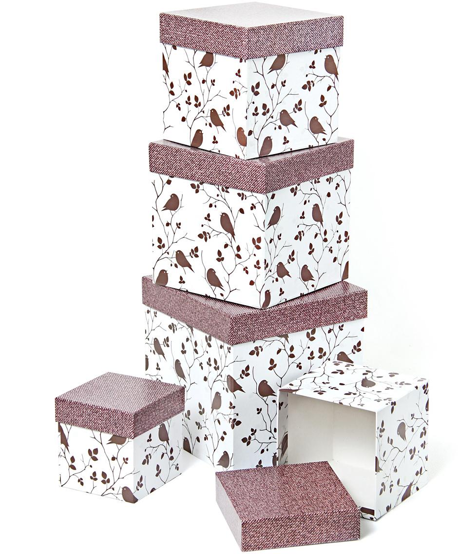 Набор подарочных коробок Veld-Co Птички и ткань, кубы, 5 шт56303Подарочные коробки Veld-Co - это наилучшее решение, если выхотите порадовать ваших близких и создать праздничное настроение, ведь подарок, преподнесенный в оригинальной упаковке, всегда будет самым эффектным и запоминающимся. Окружите близких людей вниманием и заботой, вручив презент в нарядном, праздничном оформлении.