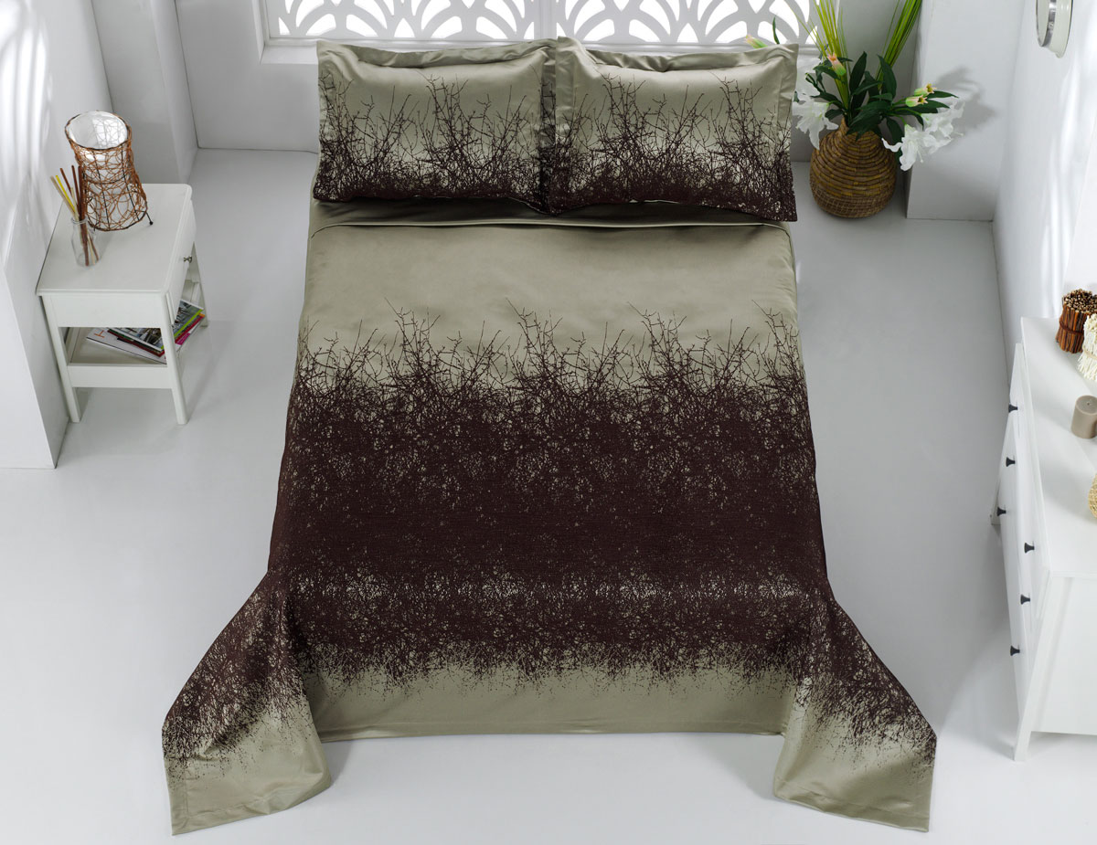 Комплект для спальни Karna Florina, жаккард, покрывало 260 х 260 см, 2 наволочки 60 х 80 см, цвет: коричневый, 3 предмета покрывало двуспальное karna florina 260 260 см зеленый
