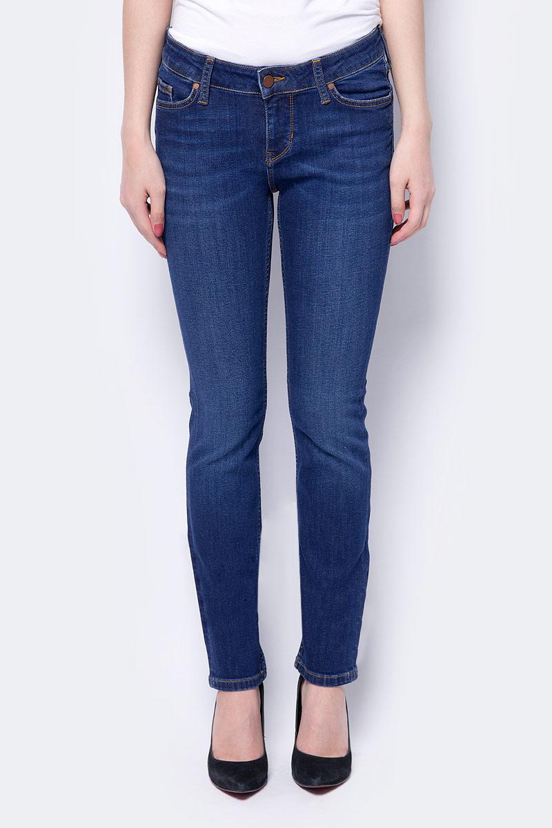 Джинсы женские Mustang Jasmin, цвет: синий. 1005179-5000-802. Размер 31-32 (46/48-32) джинсы mustang 1005650 5000 314