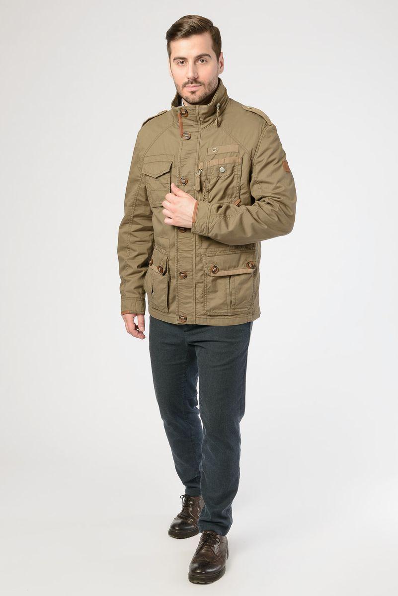 Куртка мужская Vizani, цвет: хаки. 20530W_2. Размер 5220530W_2Легкая мужская куртка от Vizani выполнена из натурального хлопка. Модель с длинными рукавами и воротником-стойкой застегивается на молнию и имеет ветрозащитный клапан на пуговицах. Куртка дополнена множеством карманов, в том числе и внутренних.