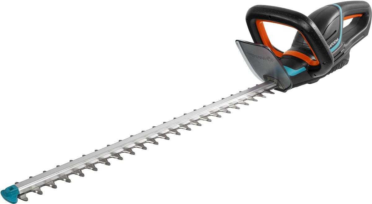 Легкие ножницы для живой изгороди ComfortCut Li-18/60 с рукоятками эргономичной формы для удобной и безопасной стрижки живой изгороди различной высоты. Оптимальная конструкция ножей обеспечивает эффективный, быстрый и ровный срез ветвей. Сменный литий-ионный аккумулятор с индикатором уровня заряда для большей свободы передвижения и продолжительной работы. Наконечник для защиты от ударов – предотвращает повреждение лезвия при работе близко к земле. Высококачественные лезвия - долговечные и надежные: точный, быстрый и чистый срез. Для бытовой эксплуатации по стрижке живых изгородей. Продается без аккумулятора литий-ионный BLi-18(09839-20.000.00), зарядного устройства (08833-20.000.00). Длина ножей 60см, расстояние между ножами 20мм. Гарантия 2 года.
