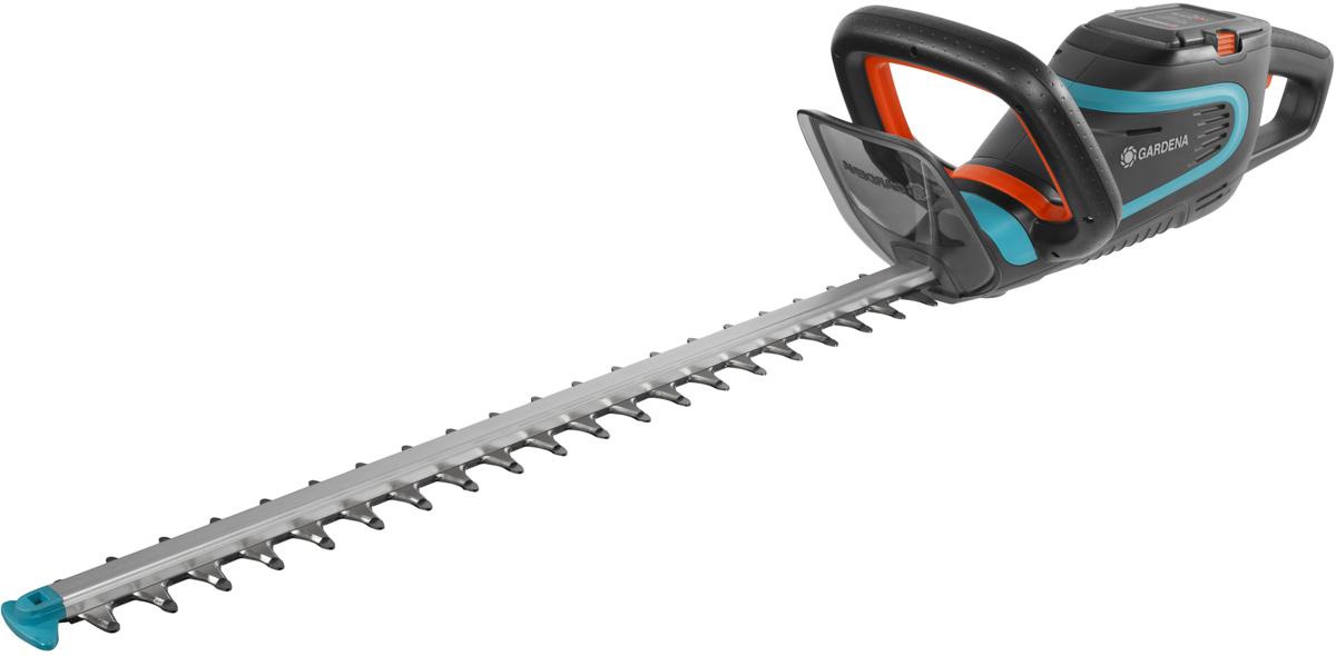 Легкие ножницы для живой изгороди PowerCut Li-40/60 с рукоятками эргономичной формы для удобной и безопасной стрижки живой изгороди различной высоты. Оптимальная конструкция ножей обеспечивает эффективный, быстрый и ровный срез ветвей. Сменный литий-ионный аккумулятор с индикатором уровня заряда для большей свободы передвижения и продолжительной работы. Наконечник для защиты от ударов – предотвращает повреждение лезвия при работе близко к земле. Высококачественные лезвия - долговечные и надежные: точный, быстрый и чистый срез. Для бытовой эксплуатации по стрижке живых изгородей. В комплекте аккумулятор литий-ионный BLi-40(09842-20.000.00), зарядное устройство (09845-20.000.00). Длина ножей 60с м, расстояние между ножами 24 мм. Гарантия 2 года.