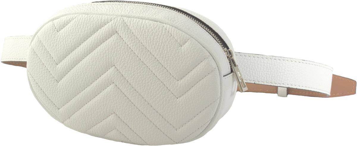 Модная сумочка на ремне, можно носить как на поясе, так и через плечо, крепится на ремень через шлевки, что позволяет использовать ремень как самостоятельный аксессуар. Состоит из одного отделения на молнии, внутри карман. Длина ремня до 95 см. Есть возможность регулировки по длине.