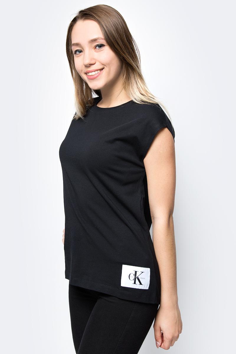 Футболка женская Calvin Klein Jeans, цвет: черный. J20J207056_0990. Размер XS (40/42) брюки женские calvin klein jeans цвет синий j20j206907 4960 размер xs 40 42