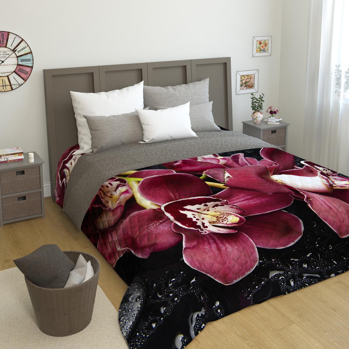Покрывало стеганое Сирень Распустившаяся орхидея, 200 х 220 смПКМК005-04180Стеганое покрывало Сирень - это правильный выбор для любой хозяйки. Стеганые покрывала выгодно преобразят дизайн любого интерьера спальни. При изготовлении используется плотная микрофибра. В сочетании со стильным и четким рисунком, созданным с помощью 3D фотопечати стеганые покрывала всегда будут отличным приобретением для Вашей спальни и подарком для друзей и близких! Рисунок стежки выполнен современным способом Ультрастэп (без использования ниток). Использование данного способа стежки защищает от миграции волокна во время стирки в деликатном режиме при температуре 30 градусов. Размер 200*220 (+/- 2см ) Наволочки в комплект не входят. Покрывало легко стирать при 30-40 градусов, гладить при 150 градусах, не отбеливать. Цвет покрывала в комплектации может немного отличаться от представленного на фото.