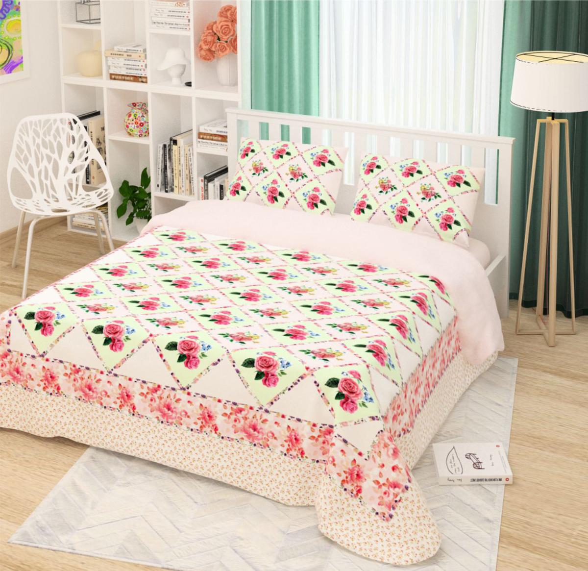 Комплект белья Сирень Розовый каприз, 1,5-спальный, наволочки 50x70 смКПБМ-10480Комплект постельного белья Сирень выполнен из прочной и мягкой ткани. Четкий и стильный рисунок в сочетании с насыщенными красками делают комплект постельного белья неповторимой изюминкой любого интерьера. Постельное белье идеально подойдет для подарка. Идеальное соотношение смешенной ткани и гипоаллергенных красок это гарантия здорового, спокойного сна.Ткань хорошо впитывает влагу, надолго сохраняет яркость красок. Цвет простыни, пододеяльника, наволочки в комплектации может немного отличаться от представленного на фото.В комплект входят: простыня - 150х220см; пододельяник 145х210 см; наволочка - 50х70х2шт.Постельное белье легко стирать при 30-40 градусах, гладить при 150 градусах, не отбеливать. Рекомендуется перед первым использованием постирать.