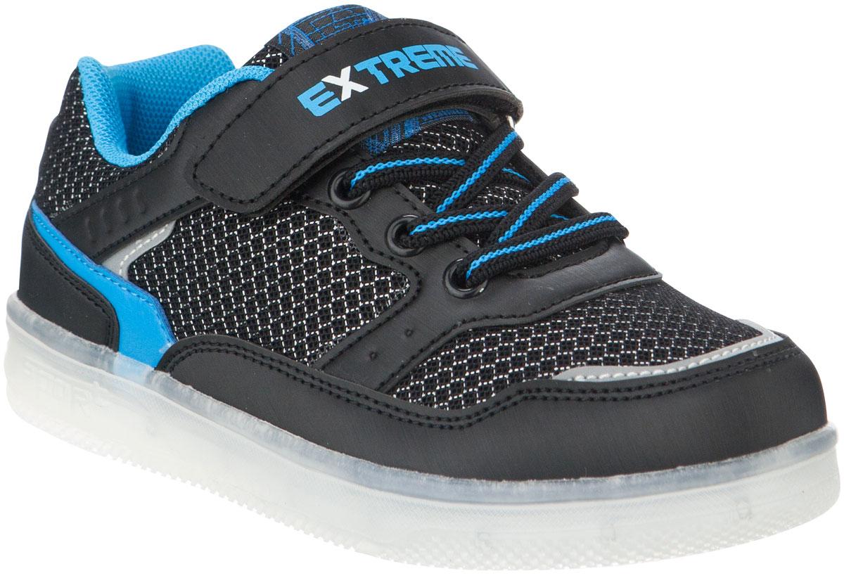 Кроссовки для мальчика Kapika, цвет: синий. 72284-2. Размер 2872284-2Кроссовки от Kapika займут достойное место в гардеробе вашего ребенка! Модель изготовлена из текстиля и искусственной кожи. Классическая шнуровка и хлястик на липучке, обеспечивают надежную фиксацию обуви на ноге. Внутренняя поверхность из текстиля, обеспечивает комфорт и предотвращает натирание. Стелька из кожи и текстиля сохраняет комфортный микроклимат в обуви. Рифленая поверхность подошвы защищает изделие от скольжения. Стильные и в то же время удобные кроссовки - необходимая вещь в гардеробе каждого ребенка.