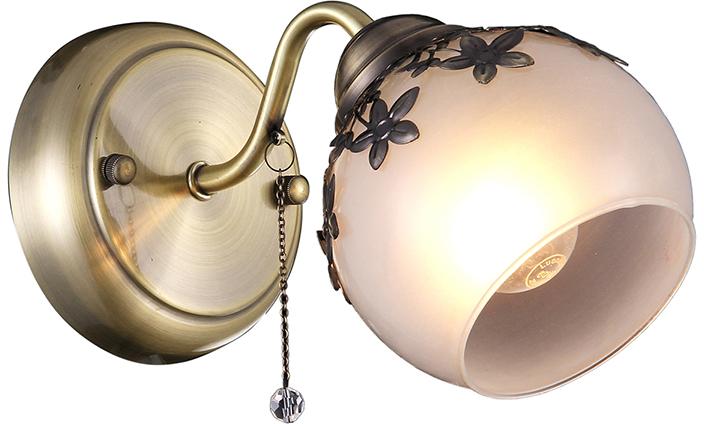 Бра Natali Kovaltseva, 1 х E14, 40W. 75036-1W ANTIQUE75036-1W ANTIQUEКлассический стиль зародился еще в античные времена. Классика вне времени. Такие люстры пользуются особой популярностью среди ценителей изысканности и роскоши. Светильники в стиле классика самый любимый декоративный элемент мировых интерьер-дизайнеров.Светильники данной серии от Natali Kovaltseva имеют очень практичный и функциональный дизайн, отличное качество и простота в эксплуатации. Срок службы этих светильников превышает десятилетие. Размеры: L24 x W12 x H16 cm