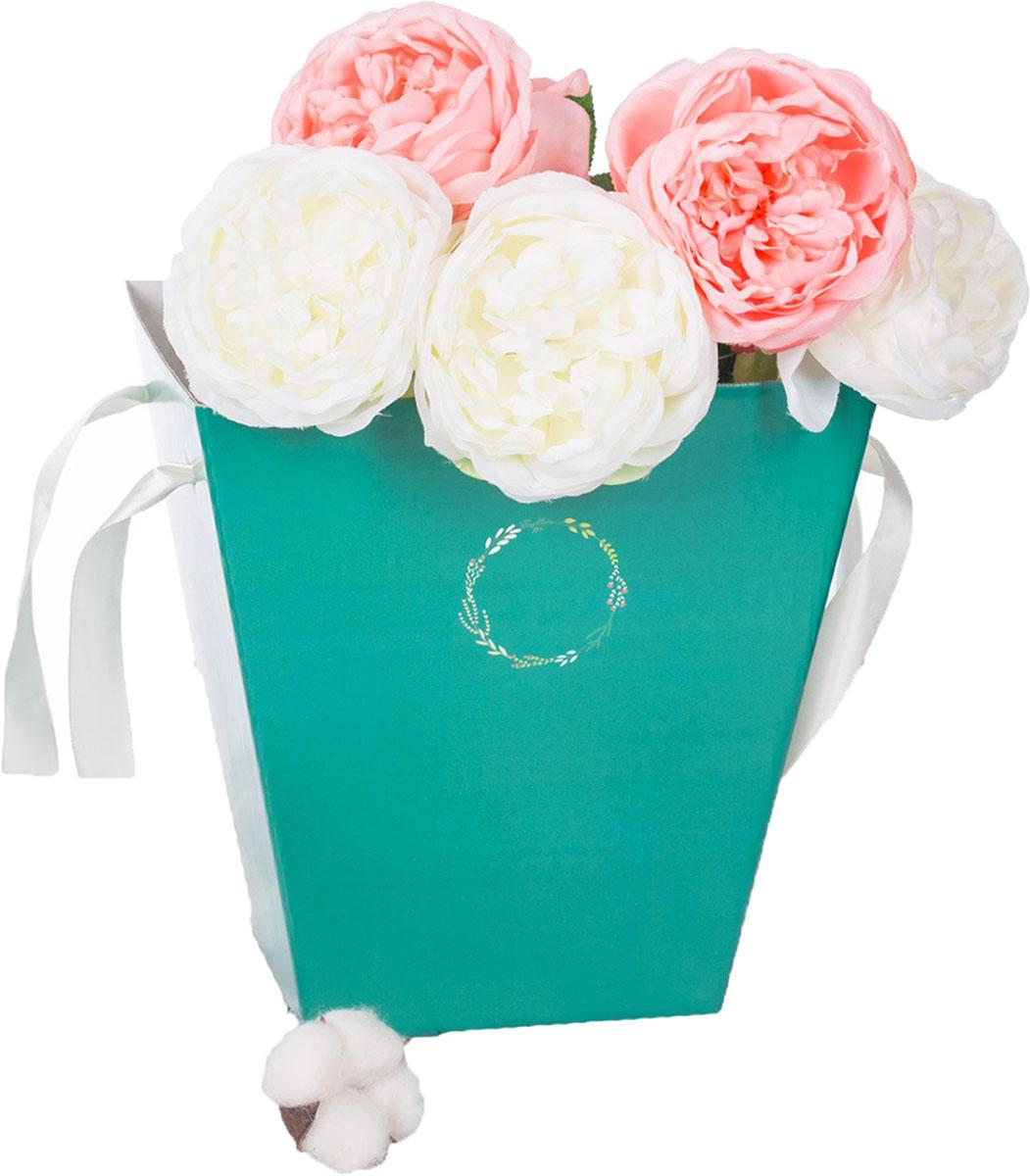 Коробка-трапеция Дарите Счастье Морская волна, 23,6 х 24,5 х 15 см2878107Любой подарок начинается с упаковки. Что может быть трогательнее и волшебнее, чем ритуал разворачивания полученного презента. И именно оригинальная, со вкусом выбранная упаковка выделит ваш подарок из массы других. Она продемонстрирует самые тёплые чувства к виновнику торжества и создаст сказочную атмосферу праздника. Коробка — это то, что вы искали.