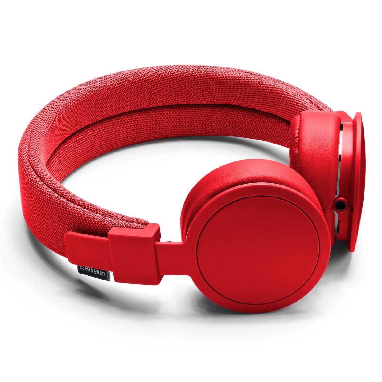 Urbanears Plattan ADV Wireless, Tomato наушники15119848Bluetooth-наушники Plattan ADV Wireless оснащены встроенным микрофоном, имеют световой индикатор состояний на чашке излучателя и готовы работать 14 часов без подзарядки. Plattan ADV оснащены съемным оголовьем и амбушюрами, которые можно подвергать машинной стирке вместе с одеждой. ZoundPlug - это разъем, позволяющий поделиться вашей музыкой с другом. Просто подключите его наушники к вашим Plattan ADV Wireless через свободный порт.