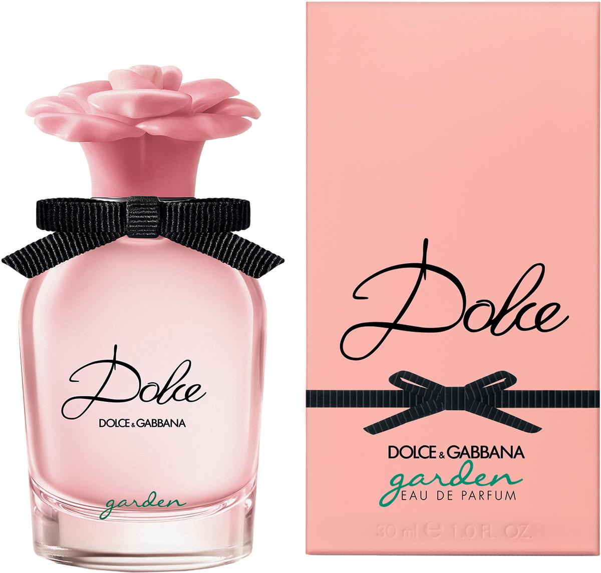 Dolce&Gabbana Dolce Garden Парфюмерная вода женская, 30 мл8400450DGПарфюмерная вода Dolce Garden Eau de Parfum - это восхитительный новый цветок, распускающийся в сицилийском саду. Жизнерадостная солнечная аура цитрусовых и кремовых нот. С Dolce Garden цветок франжипани входит в букет семьи ароматов Dolce.В обласканных солнцем верхних нотах лучатся сиянием сочный мандарин, яркие нероли и воздушная магнолия. Кокосовая эссенция, уникальный натуральный экстракт из белой мякоти плода, подчеркивает кремовую свежесть цветочных лепестков франжипани. Шелковистый миндальный аккорд напоминает о традиционных сладких благоуханиях Сицилии. Обогащенный абсолю ванили и экстрактом сандалового дерева, он продлевает в шлейфе изысканную чувственность нот франжипани.
