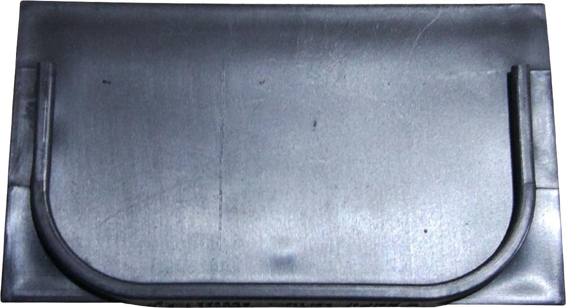 Заглушка пластиковая черного цвета. Устанавливается в начале линии водоотводного лотка серии Spark DN100.