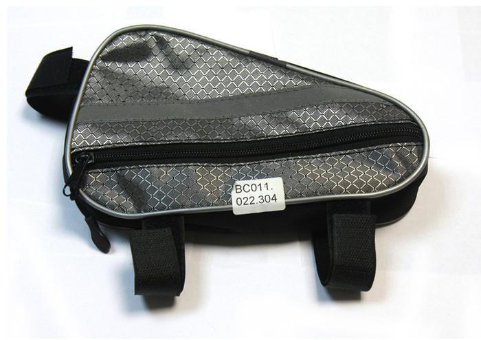 Велосумка подрамная Alpine, средняя, цвет: черныйвс014.030.200Назначение: Перевозка и хранение мелких вещей и инструментовМатериалы: Водонепроницаемая ткань Oxford 600D PVCРазмеры: 30х20 см