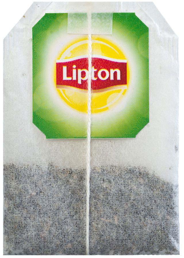Молодые чайные листочки, выращенные под теплыми лучами солнца, дарят зеленому чаю Lipton Citrus Garden нежный вкус, дополненный ярким свежим ароматом грейпфрута, апельсина и мандарина, чтобы Вы могли насладиться любимым чаем в каждой чашке. Откройте яркий вкус цитрусовых ноток в изысканном букете зеленого чая Lipton!