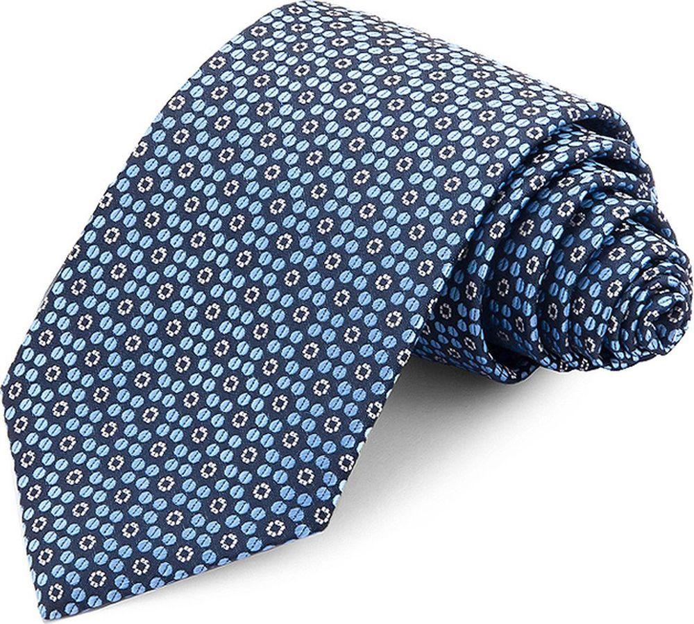 Галстук мужской Carpenter, цвет: голубой. 710.1.202. Размер универсальный710.1.202Галстук Carpenter, шириной 8 см, сшит вручную из микрофибры с мелкими элементами. Особую прочность и пластичность шелкоподобной ткани обеспечивают тончайшие волокна полиэстера. Галстук прекрасно дополнит сорочки с воротниками: французским и французским развернутым (акула). Галстук прослужит долго благодаря нанесению защитного слоя тефлона вокруг каждой нити. Аксессуары Casino- эффектные дополнения для торжества и на каждый день!