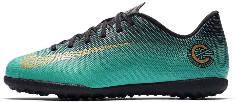 Бутсы для мальчика Nike Jr Vaporx 12 Club Gs Cr7 Tf, цвет: бирюзовый. AJ3106-390. Размер 6Y (37,5)AJ3106-390