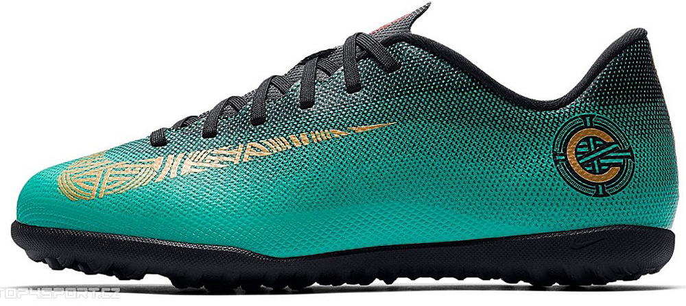 Бутсы для мальчика Nike Jr Vaporx 12 Club Gs Cr7 Tf, цвет: бирюзовый. AJ3106-390. Размер 3Y (34)AJ3106-390