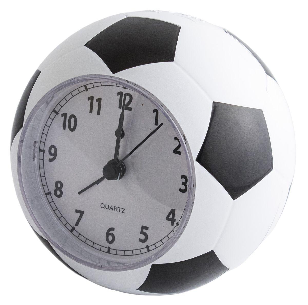 Отличный подарок болельщикам футбольного чемпионата. Часы с функцией будильника имеют корпус в форме футбольного мяча. При срабатывании будильника из встроенного динамика раздаётся характерная мелодия. Чтобы отключить звонок, нужно нажать на стилизованную кнопку - сегмент мяча, возвышающийся после завода будильника. Материал: пластик, металл, стекло. Элементы питания: 2хААА.