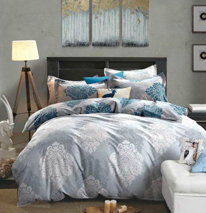 Комплект постельного белья Tango Ula, 1,5-спальный, наволочки 50x70, цвет: серый, синийtan287545Наволочки с декоративным кантом особенно подойдут, если вы предпочитаете класть подушки поверх покрывала. Кайма шириной 5-10 см с трех или четырех сторон делает подушки визуально более объемными, смотрятся они очень аккуратно, даже парадно. Еще такие наволочки называют оксфордскими или наволочками «с ушками».Сатин средней плотности – золотая середина среди сатинового постельного белья. Он достаточно плотный, долго не изнашивается, но стоит дешевле сатина повышенной плотности. Комплект из сатина не блестит как шелк, но приятен на ощупь и довольно мягкий. Краска на этой ткани держится очень хорошо: новое белье не полиняет и со временем не станет выцветать.