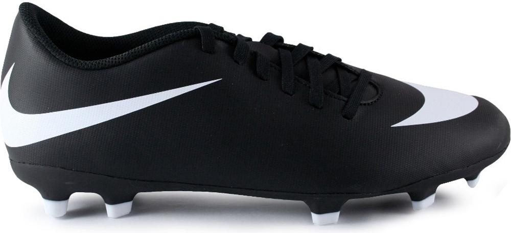 Бутсы мужские Nike Bravata Ii Fg, цвет: черный. 844436-001. Размер 12,5 (46)844436-001Mens Nike Bravata II (FG) Firm-Ground Football Boot Мужские футбольные бутсы для игры на твердом грунте Nike Bravata II (FG) оптимизируют скорость без ущерба для контроля над мячом. Разнонаправленные шипы помогают быстро развивать скорость, а микрорельеф верха повышает сцепление для большего контроля над мячом. Верх из синтетической кожи для прочности и превосходного касания. Поверхность верха с микротекстурой обеспечивает превосходный контроль мяча на высокой скорости. Асимметричная шнуровка увеличивает площадь контроля над мячом. Контурная стелька обеспечивает низкопрофильную амортизацию, снижая давление от шипов. Подметка предназначена для игры на твердом натуральном покрытии.