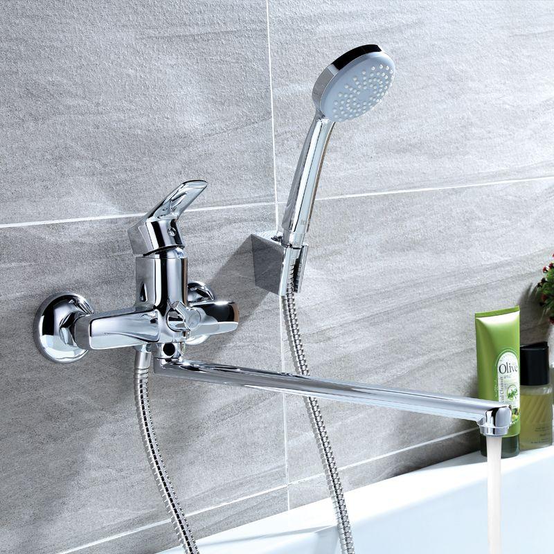 Смеситель для ванны IDDIS® изготовлен из высококачественной первичной латуни, прочной, безопасной и стойкой к коррозии. Инновационные технологии литья и обработки латуни, а также увеличенная толщина стенок смесителя обеспечивают его стойкость к перепадам давления и температур. Увеличенное никель-хромовое покрытие полностью соответствует европейским стандартам качества, обеспечивает его стойкость и зеркальный блеск в течение всего срока службы изделия. Благодаря гладкой внутренней поверхности смесителя, рассекателям в водозапорных механизмах и аэратору он имеет минимальный уровень шума.В комплект входят лейка и шланг из нержавеющей стали длиной 1,5 м с защитой от перекручивания.Гарантия на смесители IDDIS® – 10 лет. Гарантия на лейку и шланг составляет 5 лет.