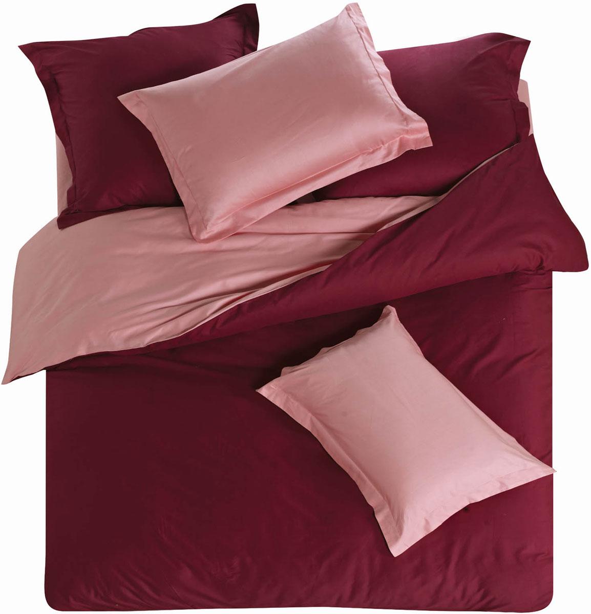 Комплект постельного белья СайлиД Dympna, 1,5-спальный, наволочки 70x70, цвет: бордовый, розовыйsail148926Наволочки с декоративным кантом особенно подойдут, если вы предпочитаете класть подушки поверх покрывала. Кайма шириной 5-10 см с трех или четырех сторон делает подушки визуально более объемными, смотрятся они очень аккуратно, даже парадно. Еще такие наволочки называют оксфордскими или наволочками «с ушками».В сатине высокой плотности нити очень сильно скручены, поэтому ткань гладкая и немного блестит. Краска на сатине держится очень хорошо, новое белье не полиняет и со временем не станет выцветать. Комплект из плотного сатина прослужит дольше любого другого хлопкового белья. Благодаря диагональному пересечению нитей, он почти не мнется, но по гладкости и мягкости уступает атласным тканям.